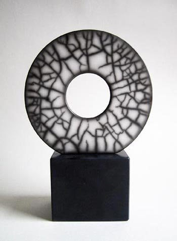 medium disc on plinth